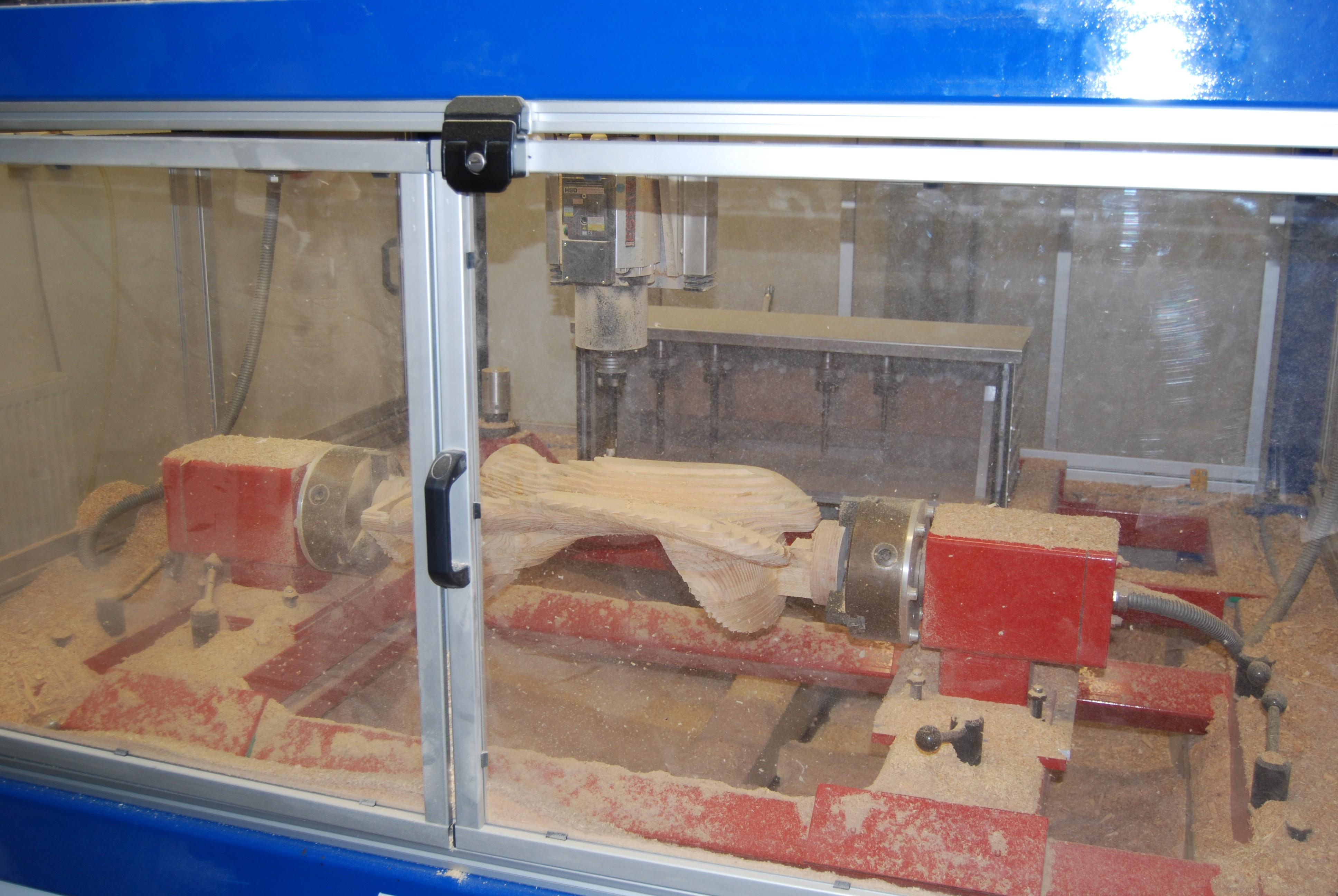 Sattelbaum in CNC Fräse