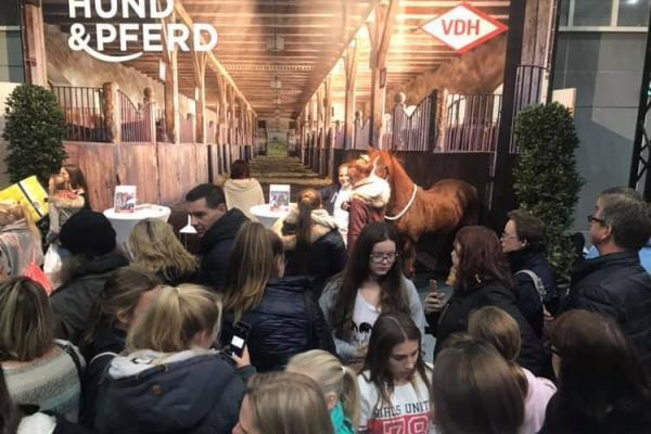 Hund&Pferd 2018, Youtuberin Anja Mertens